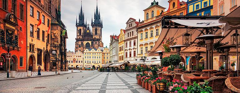 Прага, с вылетом из Москвы-ежедневно.